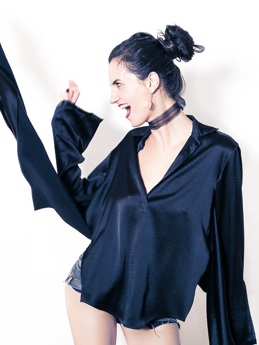 adel-astree-blouse-camille-noire-2